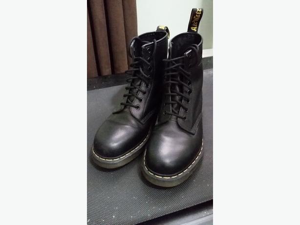 Black Dr. Martens Boots (Size 8)