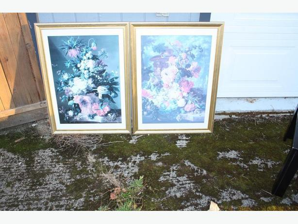 Pair of Framed Pictures Floral Baskets Quality Pair $15