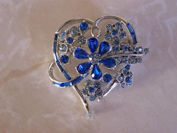 Heart Shaped Broach/Pin