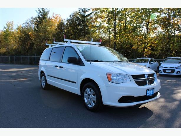 2011 Dodge Grand Caravan | UTILITY VAN w/ SHELVING | LADDER RACKS
