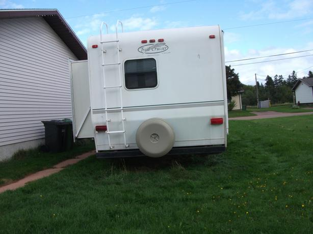 Fifth Wheel Trail Cruiser