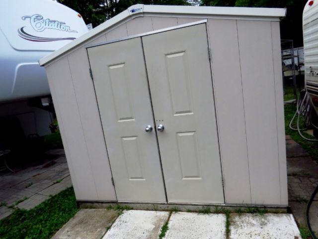 Park model 2 bedroom sleeps 6 deck shed bbq golf cart for Golf cart garage door prices