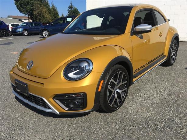2016 Volkswagen Beetle Dune Edition w/ Tech Pkg.