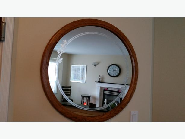 Oak Framed Round Mirror