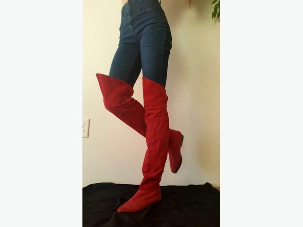 Wonder-Woman Suede Thigh High Boots