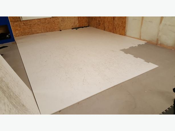 Synthetic ice - 12 x 16 ft area