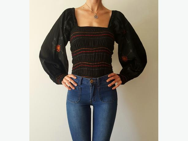 Black Flower Embroidered 70s Boho Top