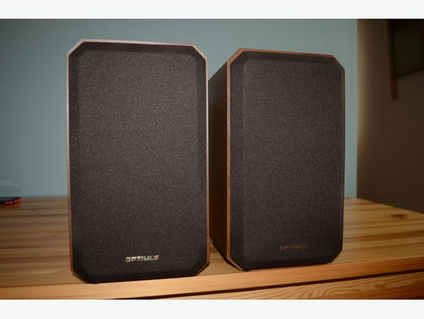 Optimus Realistic Speakers Excellent condition