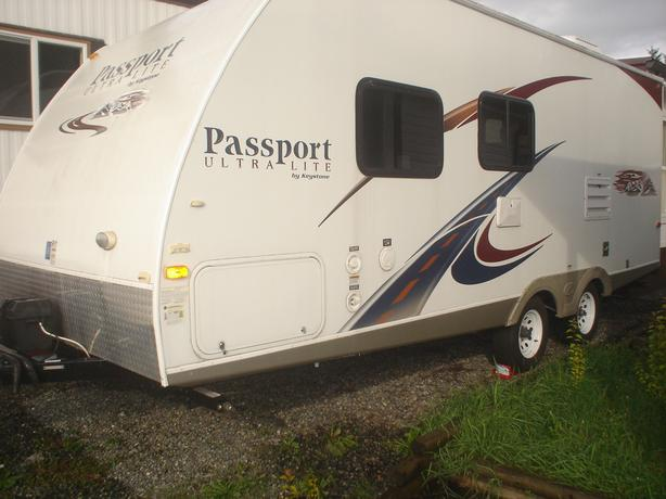 2011 Passport 195RB Ultra Lite travel trailer