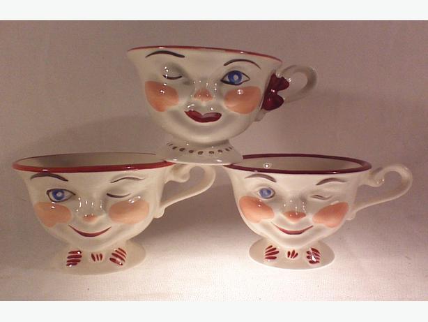 Vintage 50s Staffordshire Lipton winking teacups