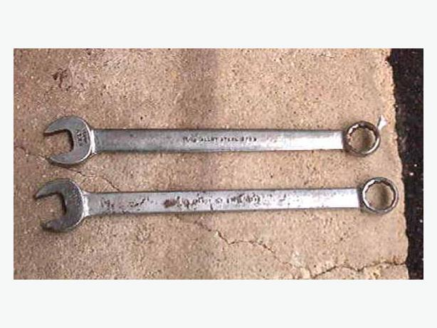 1 1/16 & 1 1/8 Gray wrenches