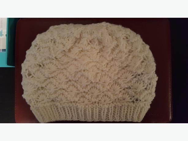 Women's Slouchy Beret *Be stylish for fall*