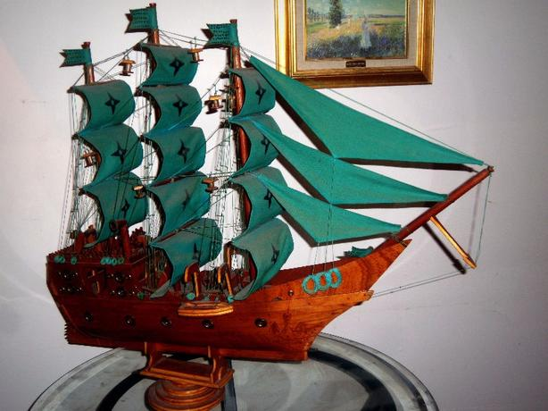 "BEAUTIFUL 34"" DETAILED ANTIQUE WOOD CARVED WARSHIP"