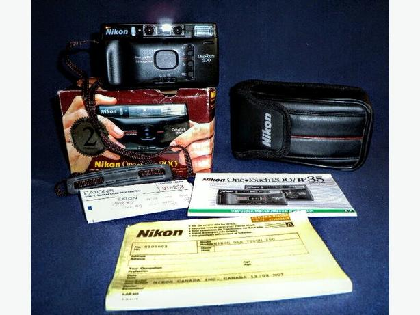 Vintage Nikon  One Touch 200 Package