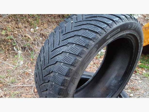 Set of 4 Winter Tires 235/45 R18