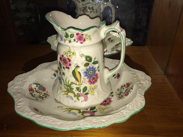 Medium sized Porcelain wash basin and pitcher