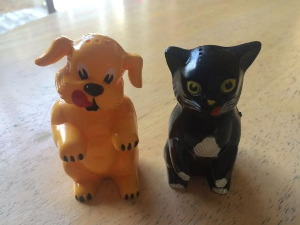 Vintage Dog and Cat Salt and Pepper shakers