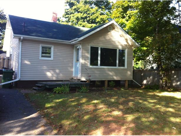 Small 2 bedroom 2 bath home in Brighton 1100.00 Heated
