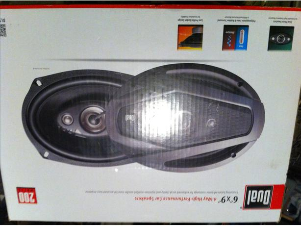 Dual 6x9 speakers new in box