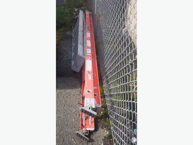 Louisville 20 Ft Ladder