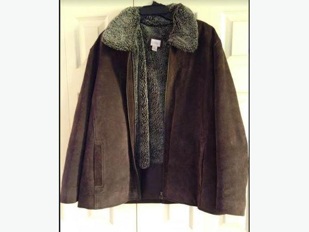 Womens Cleo Suede Leather Jacket size XL but fits a Large