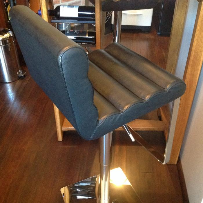 Art Deco Black Leather And Chrome Bar Stools Chairs