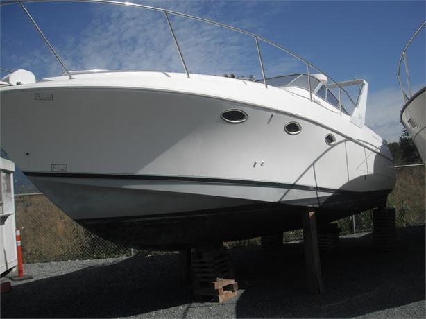1991 Larson Boats Cabrio 300 Cabin Cruiser Boat