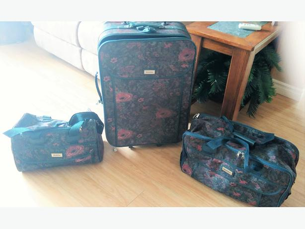 3 Pieces Fabric Luggage's Set.