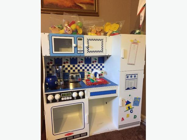 Melissa Doug Play Kitchen West Shore Langford Colwood Metchosin Highlands Victoria