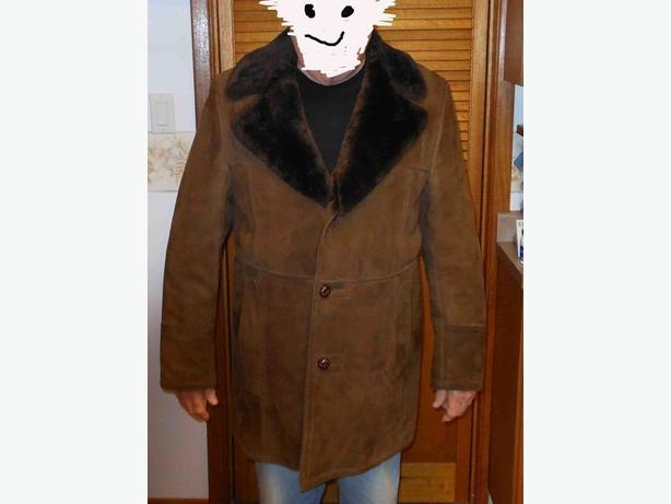 Men's pile-lined suede car coat