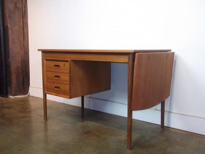 Danish mid century modern teak drop leaf desk oak bay for Consignment furniture clearwater