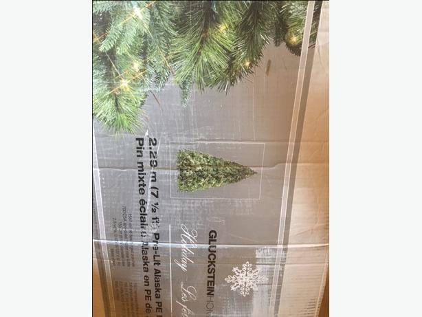 Brian Gluckstein Christmas Tree