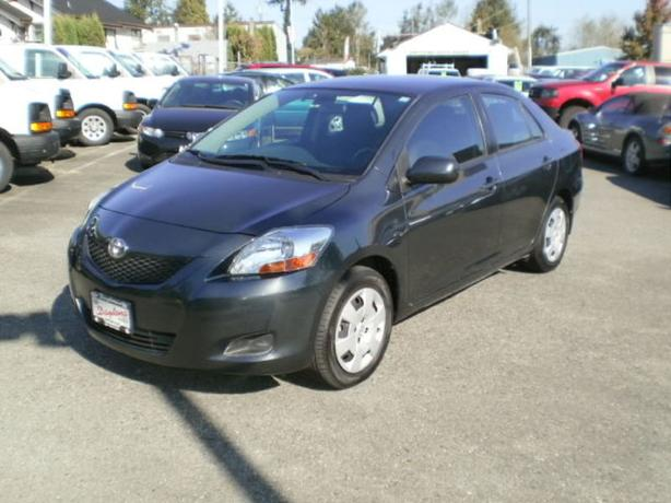 2011 Toyota Yaris, automatic, sedan, new tires,