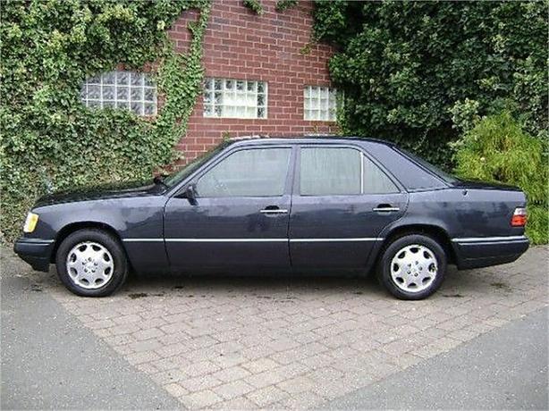 1995 Mercedes-Benz E320 E320