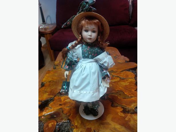 Anne of Green Gables Porcelain Doll, Brand New, Ltd. Edition