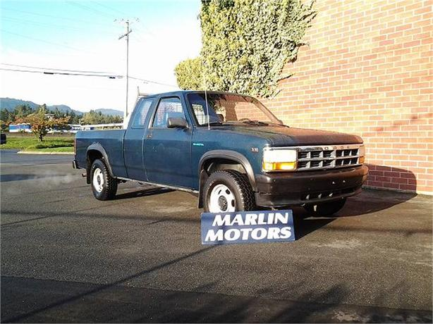 1995 Dodge Dakota Club Cab 6.5-ft. Bed 4WD