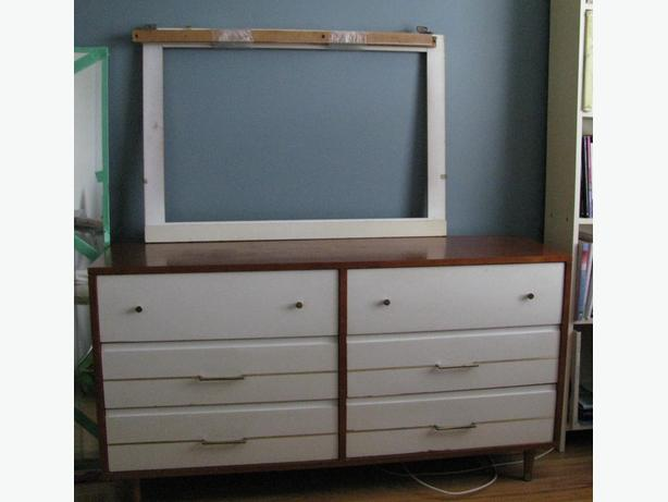 Retro 6 drawer Dresser w/Mirror Frame