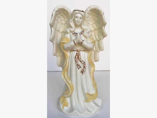 Praying Christmas Angel with gold Accents