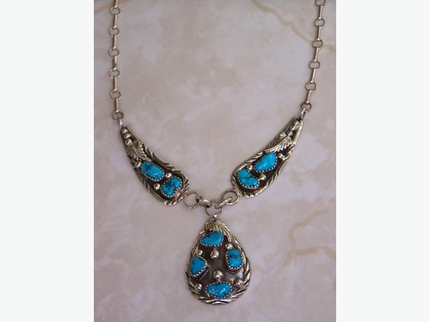 Sterling silver Necklace w/Turquoise Stones