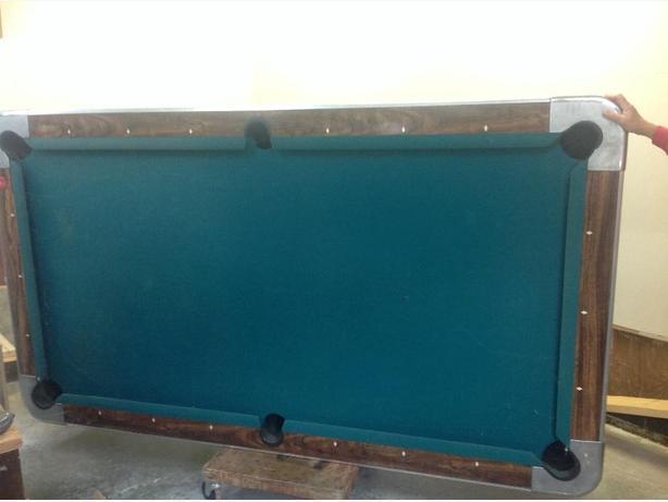Valley Pub Style 4x8 Slate Pool Table