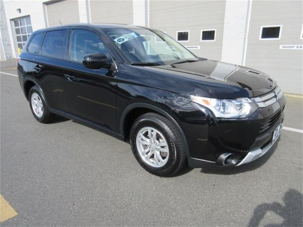 2015 Mitsubishi Outlander SE Low Kilometers Warranty