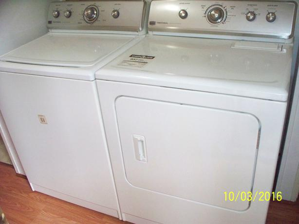 Commercial Maytag Set