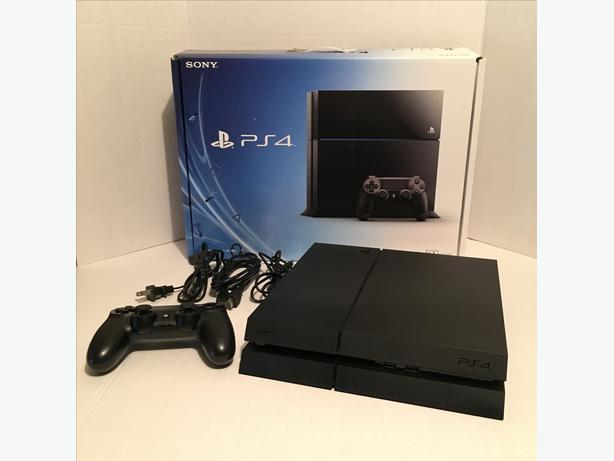 Sony Playstation 4, Ps4 Mint! Barely used!
