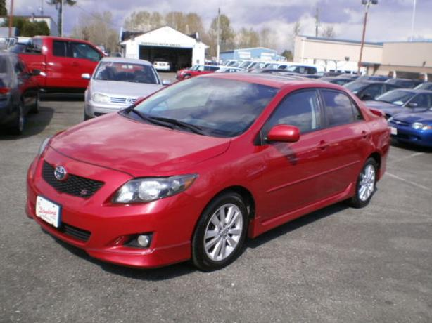 2009 Toyota Corolla Sport, Sunroof, Automatic,