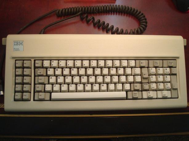 Vintage IBM Model F Buckling Spring Keyboard for XT/AT 5150