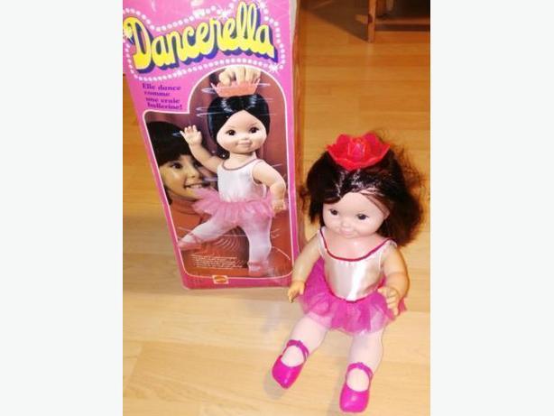 1978 Matell Dancerella Ballerina Doll With Box