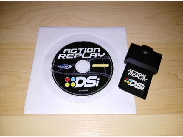 Action Replay DSi Compatible with DS, DS Lite and Dsi and PC