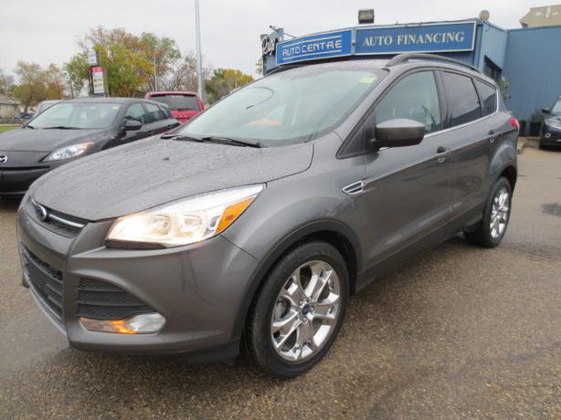 2014 FORD ESCAPE SE - LTHR/SUNROOF/BLUETOOTH