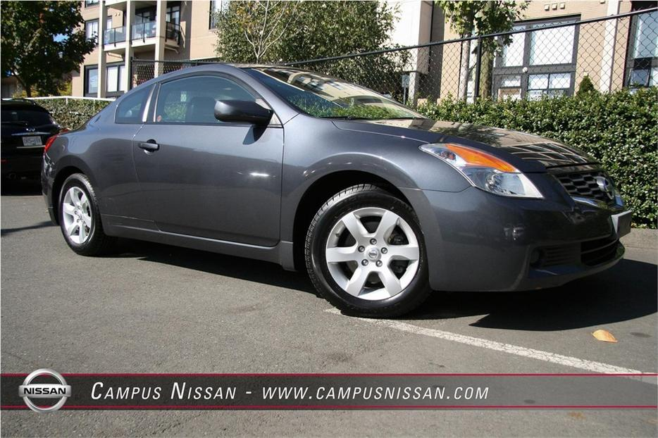 2008 nissan altima coupe 2 5 s victoria city victoria. Black Bedroom Furniture Sets. Home Design Ideas