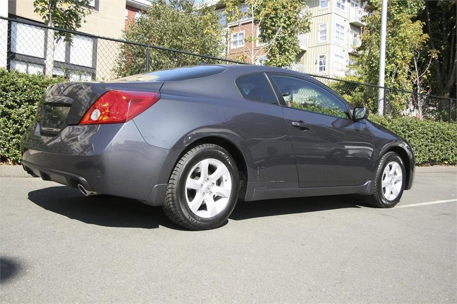 2008 nissan altima coupe 2 5 s victoria city victoria mobile. Black Bedroom Furniture Sets. Home Design Ideas